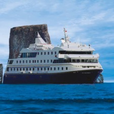 Metropolitan Touring - Santa Cruz II in the Galapagos
