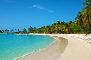 Beach in Mayreau, St Vincent & The Grenadines