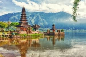 Pura Ulun Danu temple, Bali