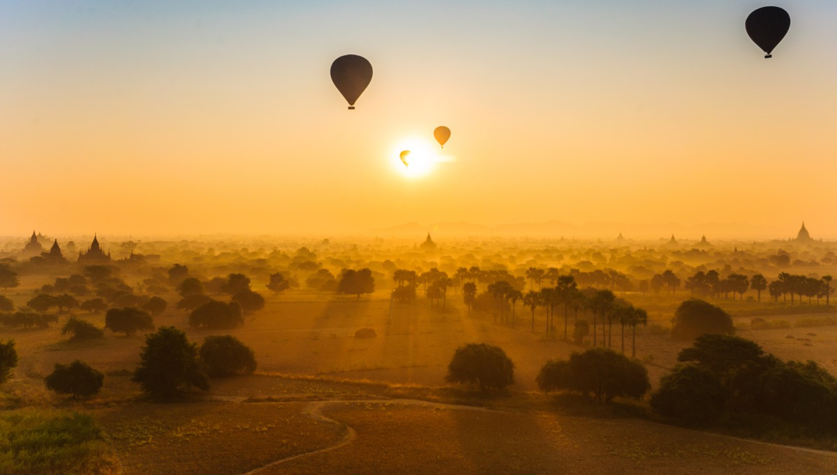 Hot air balloons over Bagan temples, Myanmar
