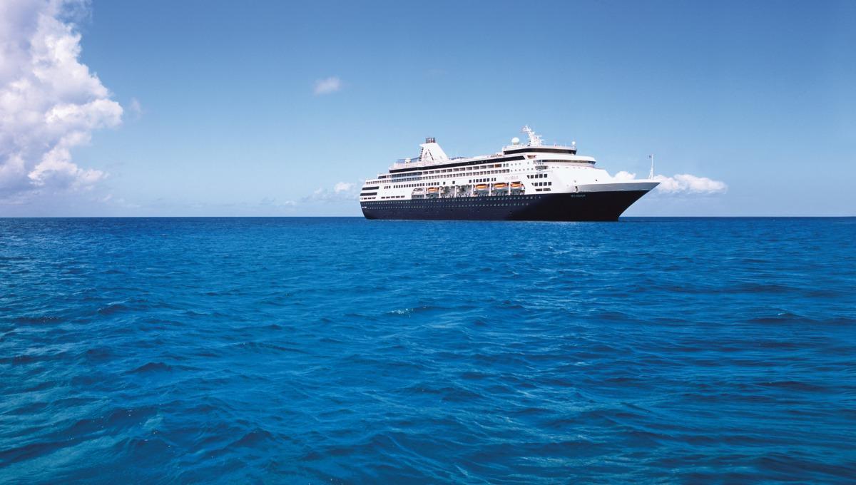 Holland America Line cruises - MS Maasdam at sea