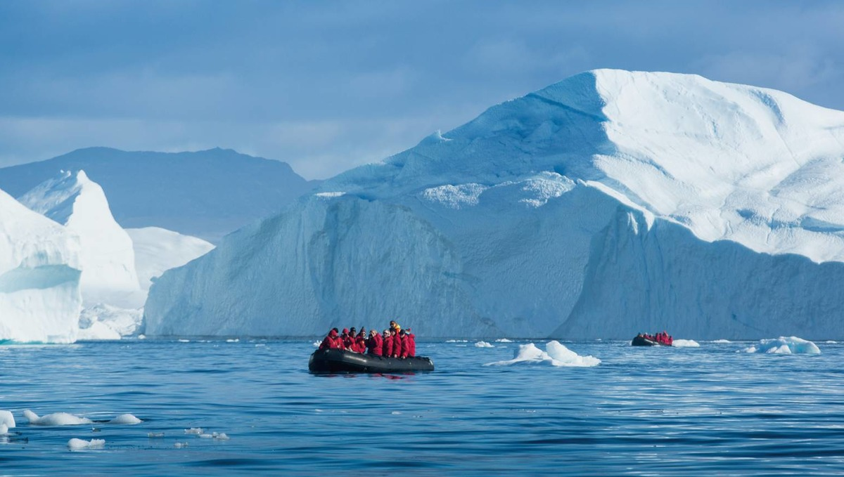 Polar expedition cruises - Disko Bay, Greenland