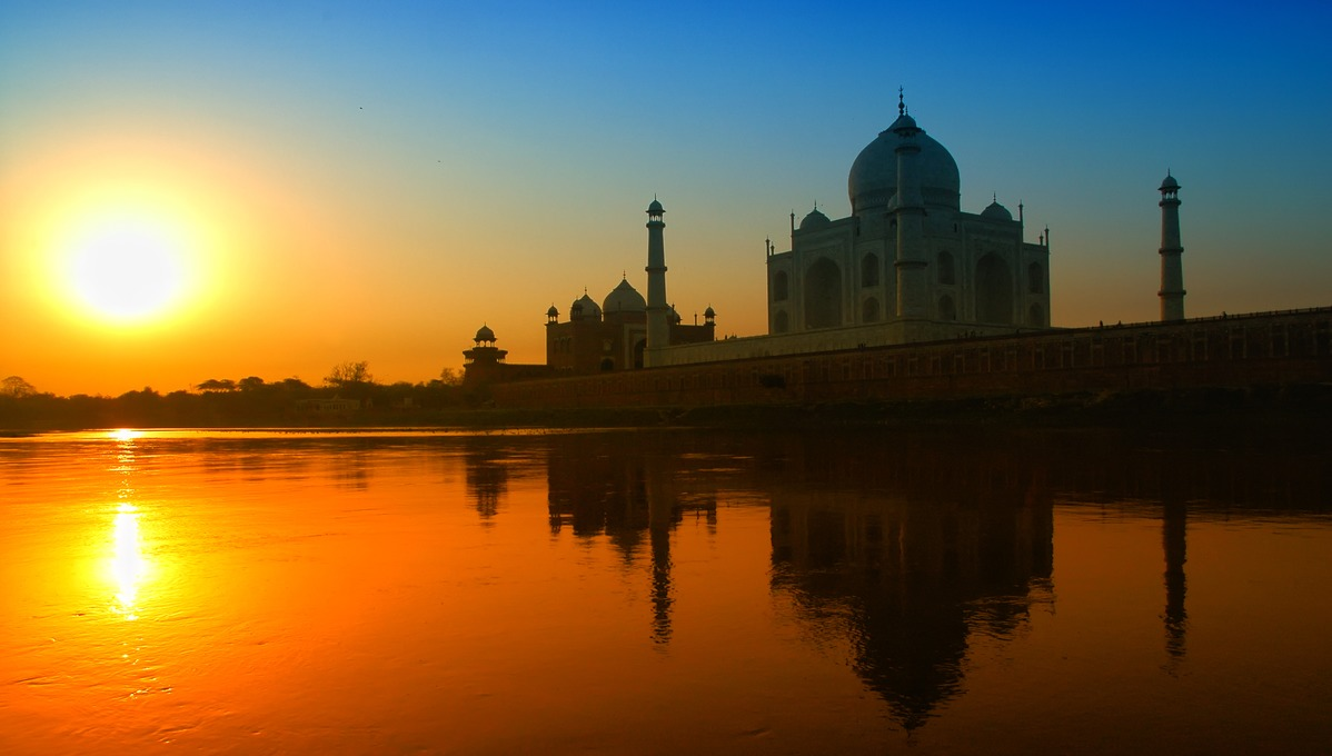 India & Far East expedition cruises - Taj Mahal, Agra