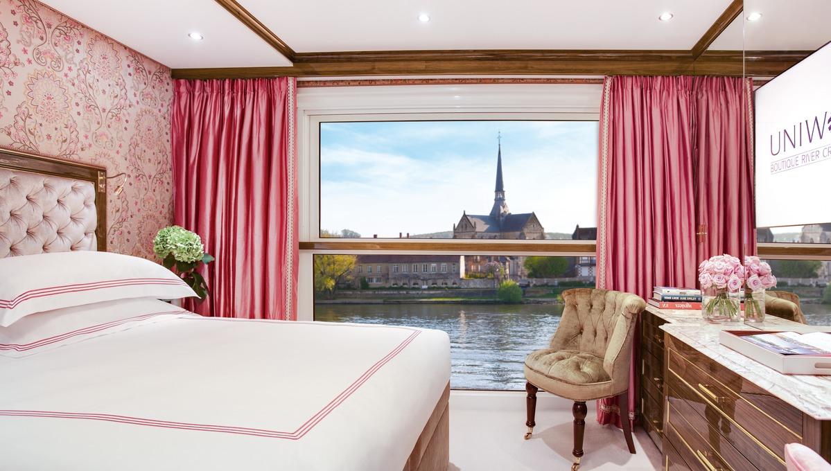 Uniworld River Cruises - S.S. Joie de Vivre stateroom