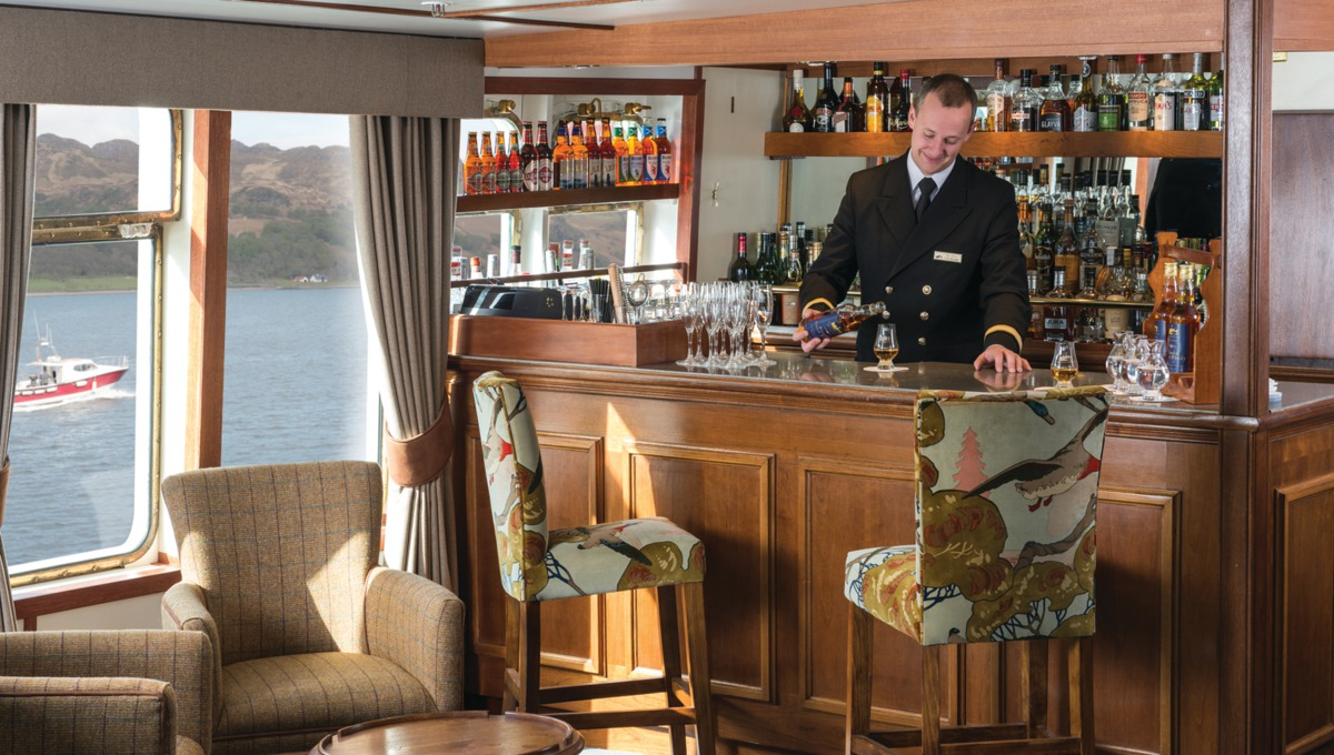 Tiree lounge bar, Hebridean Princess