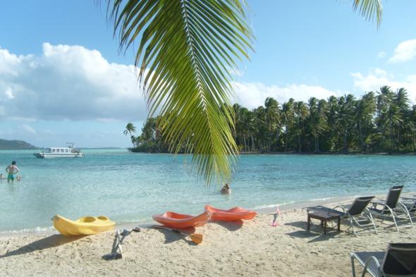 Paul Gauguin Cruises - Kayaking