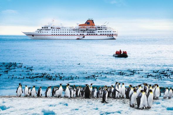 Hapag-Lloyd Cruises - Hanseatic in Antarctica