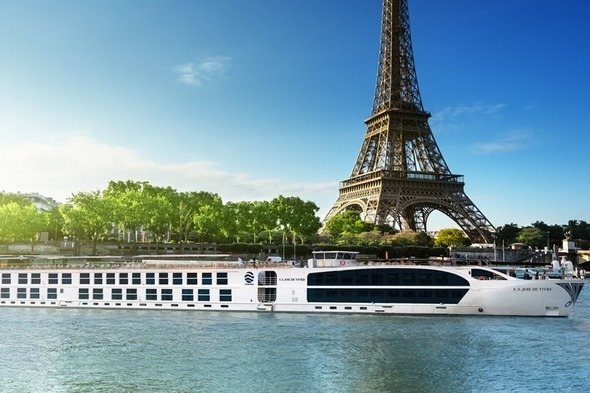 Uniworld River Cruises - S.S. Joie de Vivre in Paris