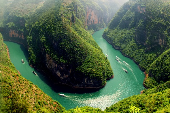 Sanctuary Yangzi Explorer on the Yangtze River, China