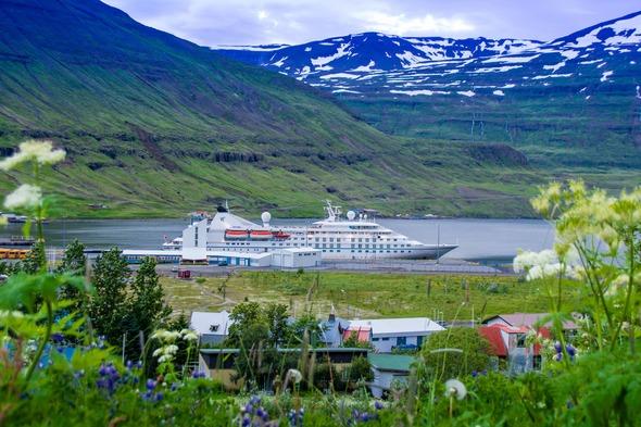 Windstar Cruises - Star Legend in Iceland