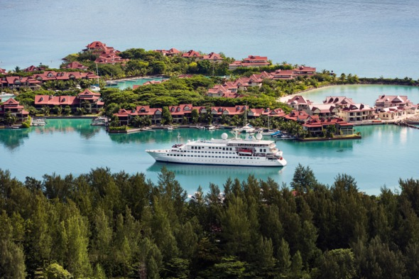 Crystal Esprit review - Arriving in Mahé, Seychelles