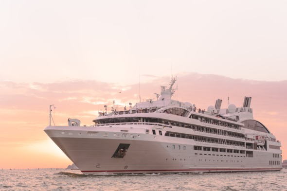 No single supplement cruises - Ponant Le Lyrial