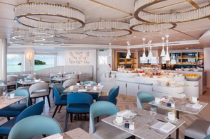 Crystal Cruises - Crystal Esprit Patio Café