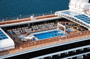 Holland America Line cruises - MS Nieuw Amsterdam pool deck