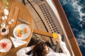 Regent Sevens Seas Voyager breakfast