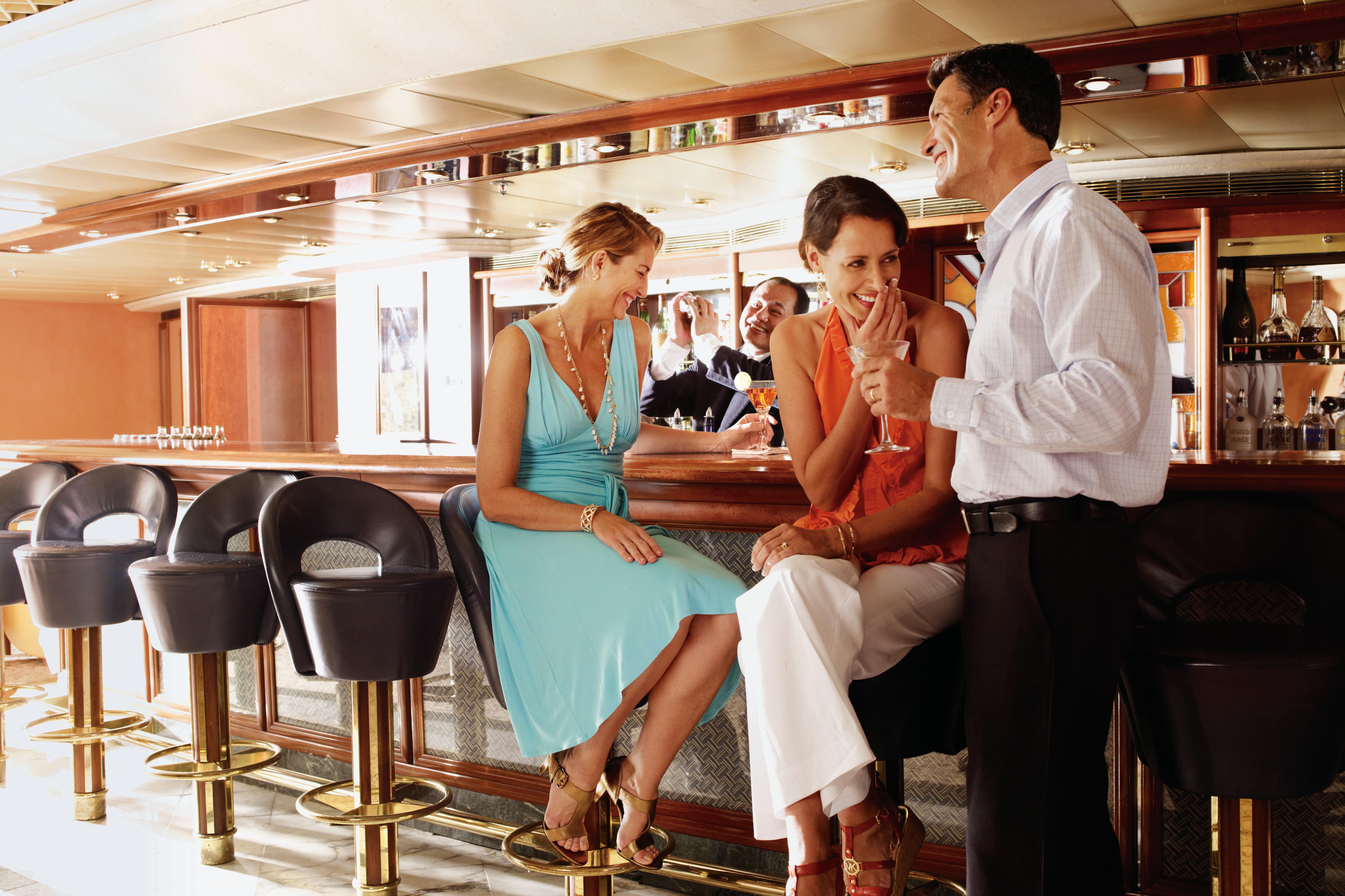 Silversea - Pool Grill Bar